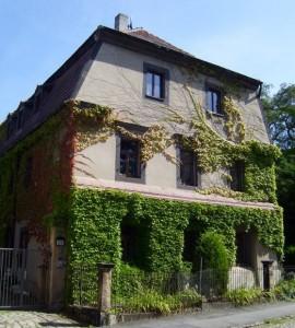 weiter zum Haus Strehlen - Dohnaer Straße